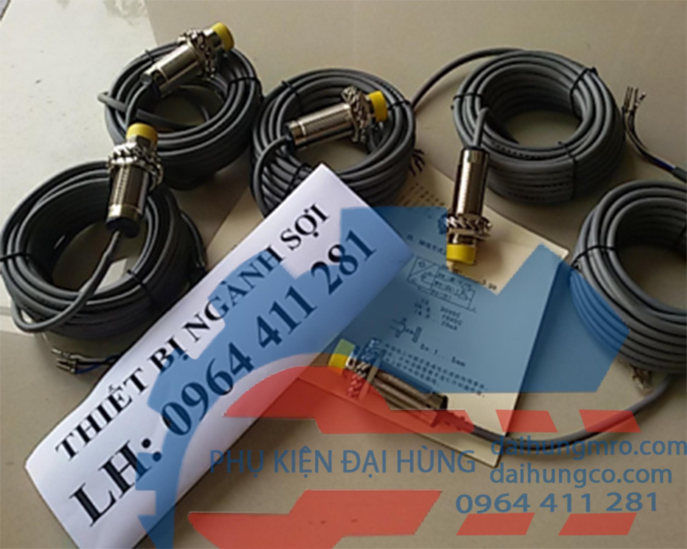 V-D1202-B cảm biến máy chải